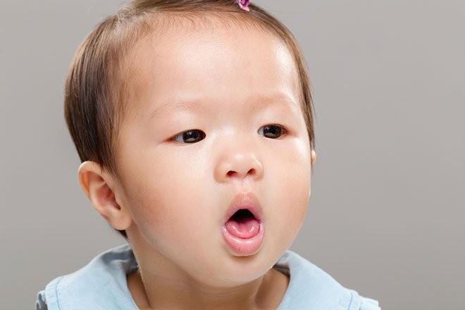 Trẻ bị ho kèm ngứa cổ họng dùng thuốc ho bổ phế Bảo Thanh có tốt không?