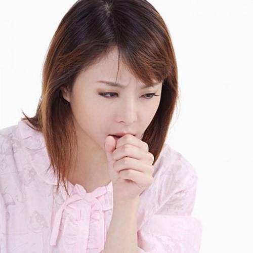 Ho ngứa cổ kéo dài khiến người bệnh gặp nhiều phiền toái