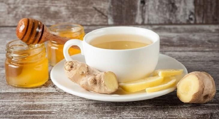 Uống trà gừng mật ong mỗi ngày để đẩy lùi các cơn ho, ngứa cổ họng