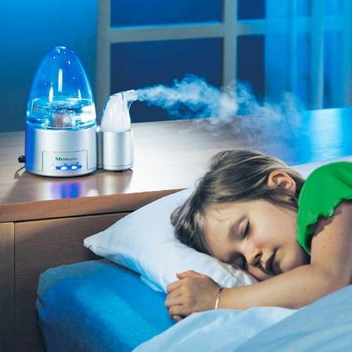 Mẹ nên duy trì độ ẩm trong phòng ở mức ổn định