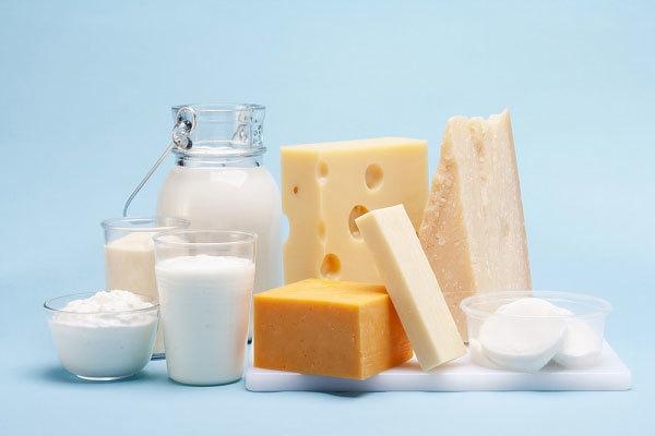 Hạn chế ăn các đồ ăn gây đờm như phô mai, sữa chua...