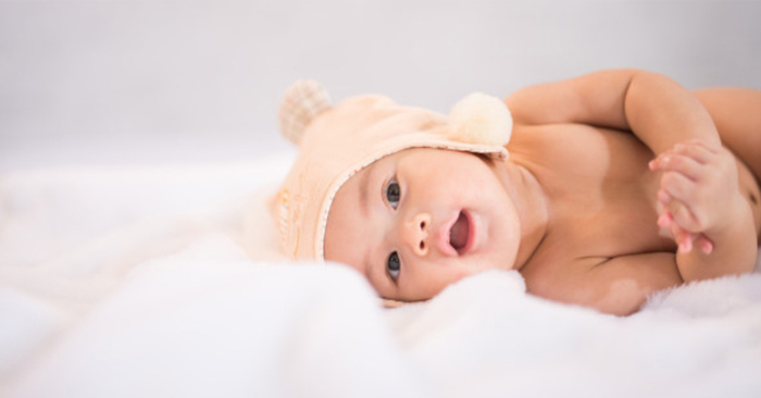 Trẻ sơ sinh ho và nghẹt mũi khiến nhiều bố mẹ lo lắng