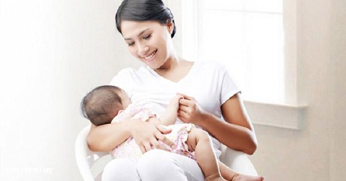 Mẹ cần tăng cường cữ bú cho bé
